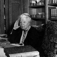 Нобелевские лауреаты: женский род в литературе